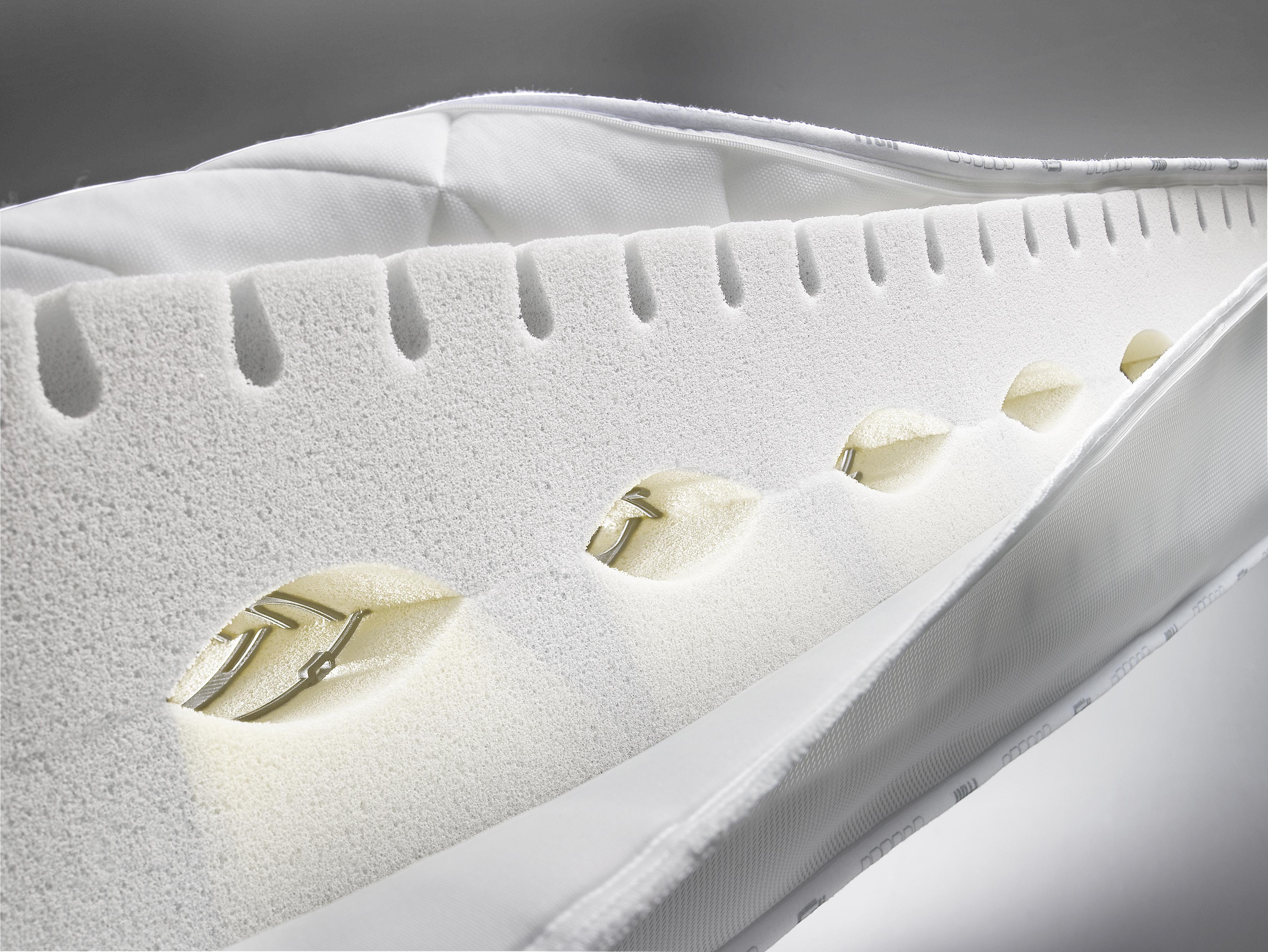 froli bettsysteme. Black Bedroom Furniture Sets. Home Design Ideas